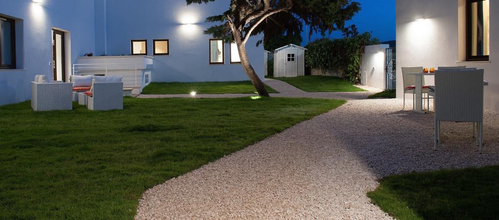 cropped-hotel-poetto-giardino1.jpg